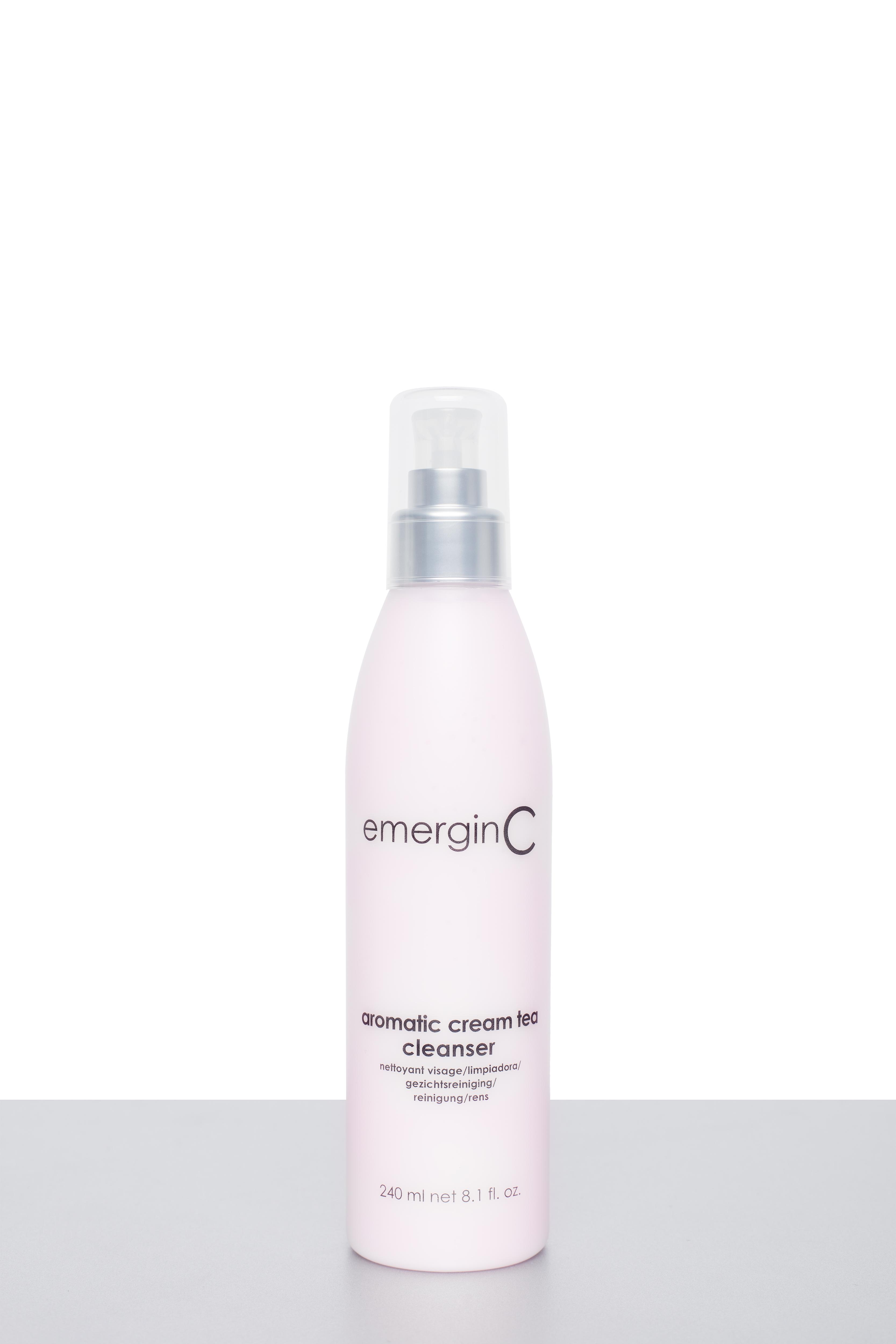 Aromatic Cream Tea Cleanser voor het reinigen van het gezicht en ontdoen van make-up resten, vuil en talg. Voor de gevoelige, droge en vochtarme huidcondities.